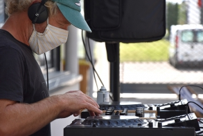 Sieste musicale avec Julien Tiné DJ, espace Victor Hugo