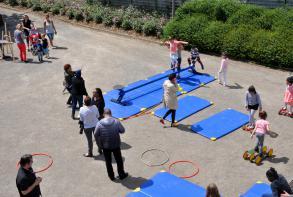 Ateliers cirque sur l'esplanade Nelson Mandela