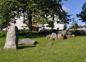 Environnement monuments allée couverte de la vallée